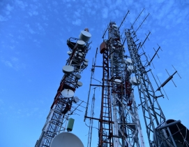5G expected to give a boost to construction technology cell-tower-cellphone-masts-clouds-270286