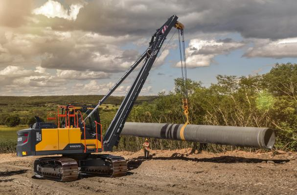 Volvo PL3005E rotating pipe layer is designed on a 360-degree excavator-based platform