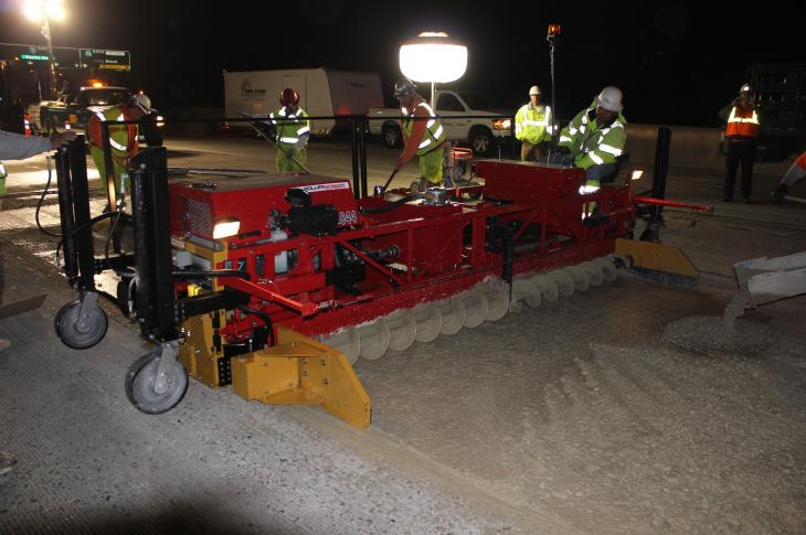 Allen Engineering RS800 Roller Screeds