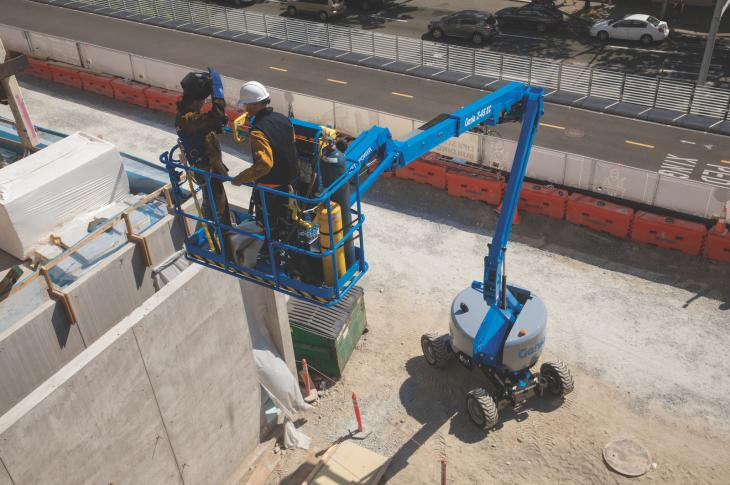 "Genie Z-45 XC mobile elevating work platform (MEWP) is the ""Xtra Capacity"" version of the Z-45/25 J RT."