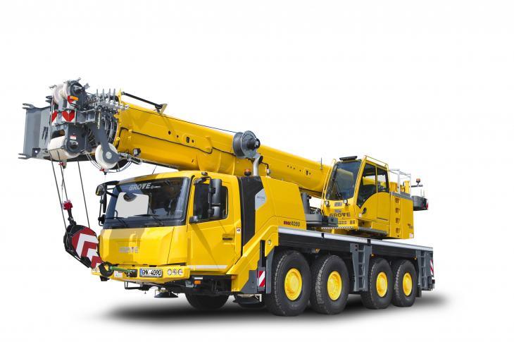 Grove GMK4090 all-terrain crane has a compact design