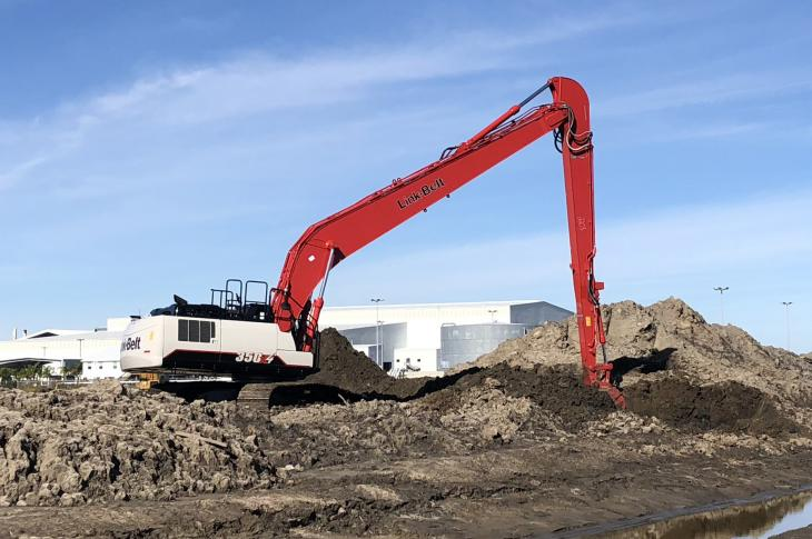 Link-Belt 350 X4 LF excavator for the U.S. and Canadian markets uses a 268-horsepower, Tier 4-F Isuzu engine