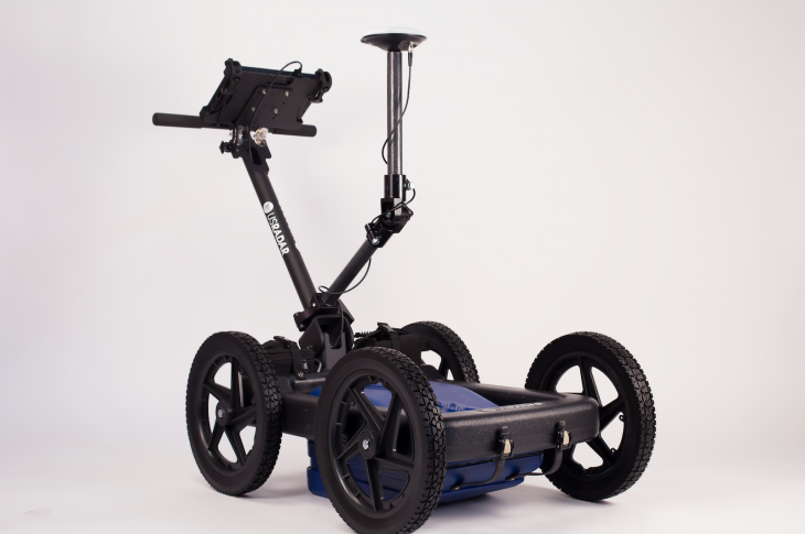 US Radar GP Rover combines triple-bandwidth GPR technology with precision GPS (Global Positioning System) connectivity.