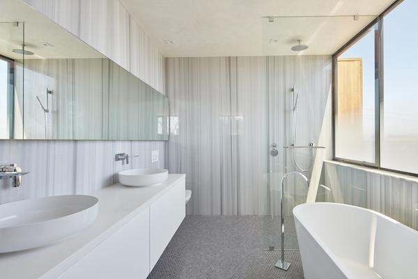 Noe_Valley_house_bath
