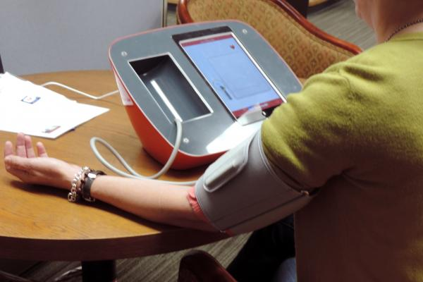 Blood Pressure Control Less Likely Among Those Treated in Low-income Areas