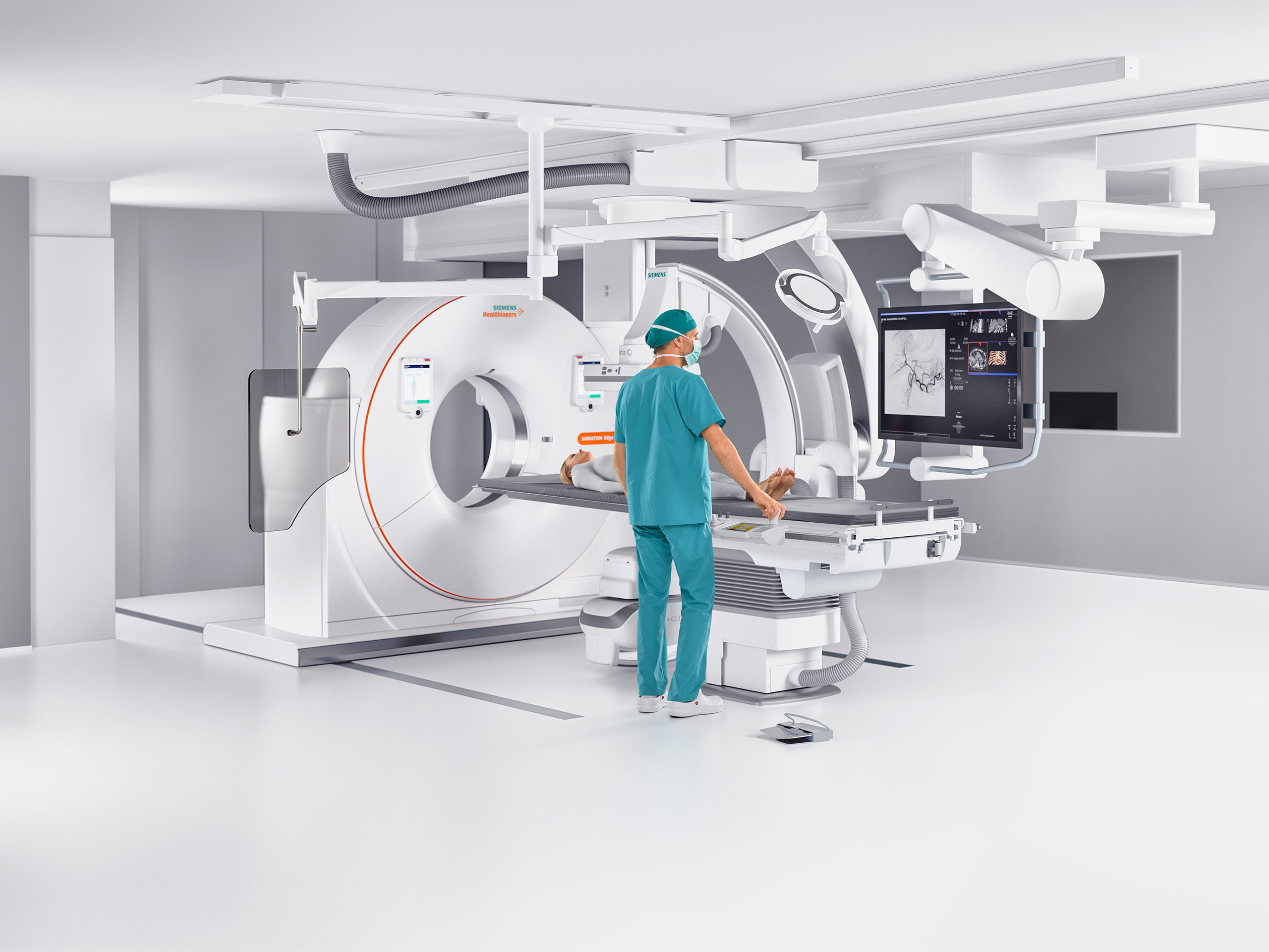 Siemens' nexaris Therapy platform, introduced as a work-in-progress at RSNA 2017, combines the modalities of angiography, CT and MRI. #RSNA2017, #RSNA17
