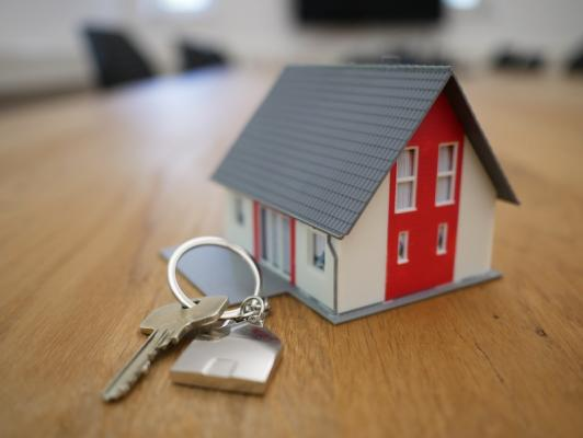 Model_house_and_key