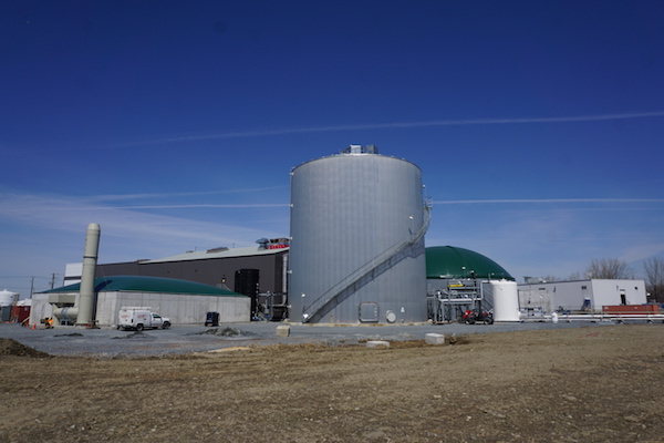 More than 90% of all digestible organics that come through the wastewater treatment plant in Varennes, QC, is captured and used for biogas creation.